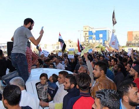 آلاف المتظاهرين في ذي قار24November